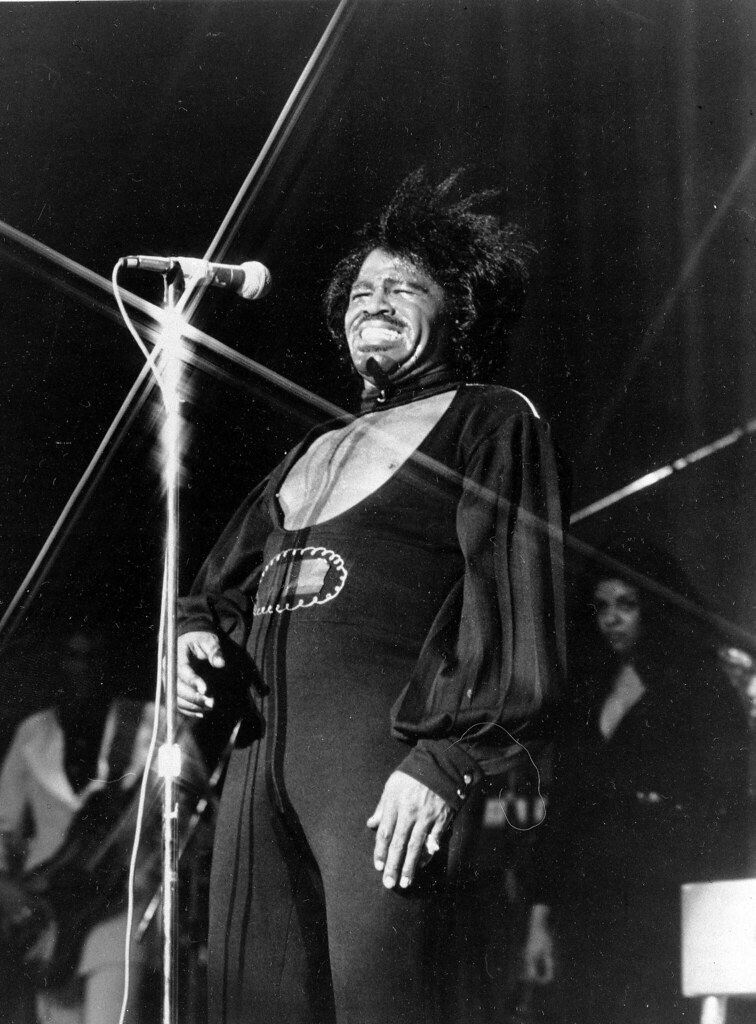 """James Brown (""""James Brown"""" by Mexicaans fotomagazijn is licensed under CC BY-NC 2.0)"""